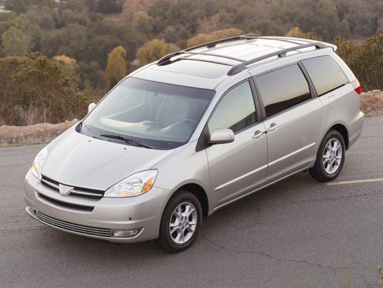Model Toyota Recalls 615000 Sienna Minivans Due To Rollaway Risk