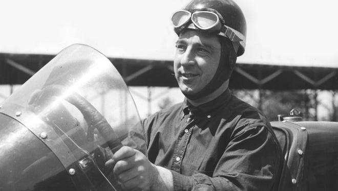 Kelly Petillo won the 1935 Indianapolis 500 with a race-record average of 106.24 mph. He started 22nd.