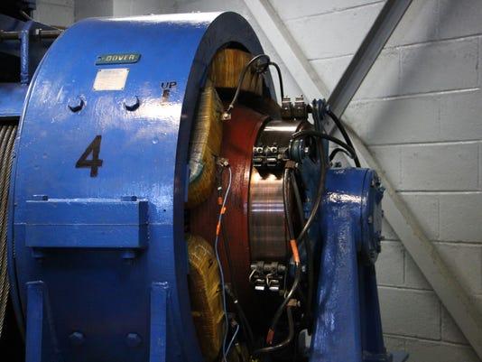 635980575440070892-elevator-motor.jpg