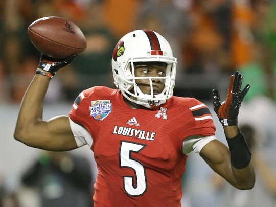 Louisville quarterback Teddy Bridgewater is likely to be the only one of the top three quarterbacks in the NFL Draft remaining at No. 11 when the Titans pick.