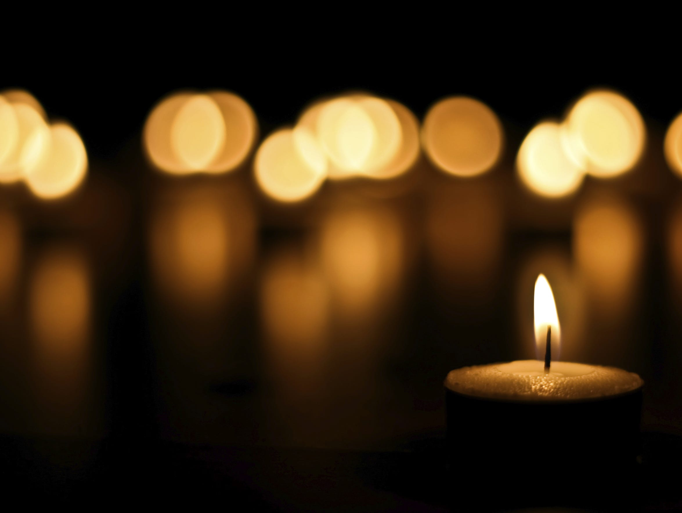 See some of Murfreesboro's oldest homes on the Candlelight