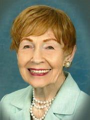 Mary Lou Horner, receiving a lifetime achievement award