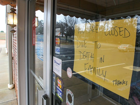 A sign for customers on Friday, letting them know Dyar's Diner in Pendleton is closed due to a death in the family. Owner Tim Dyar died early Friday morning.