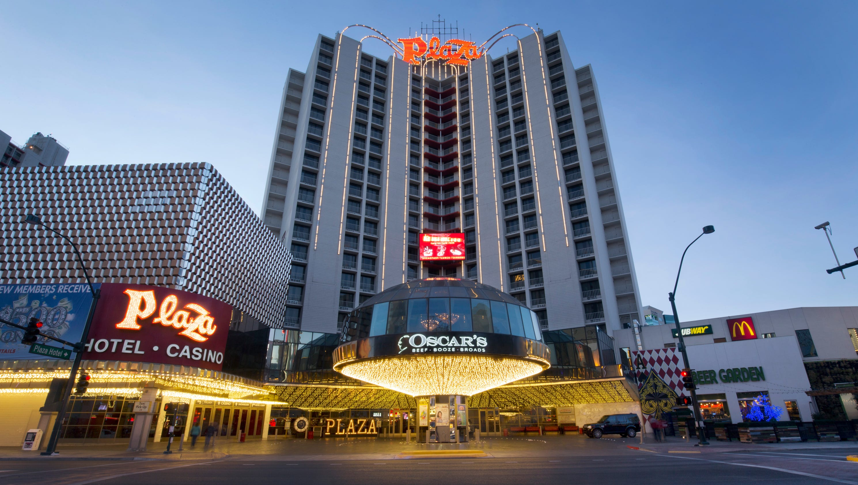 Tour the plaza hotel casino for Hotels tours