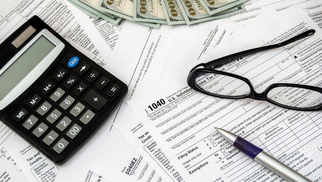 Follow this checklist to keep track what things you need for your taxes and what can be thrown away.