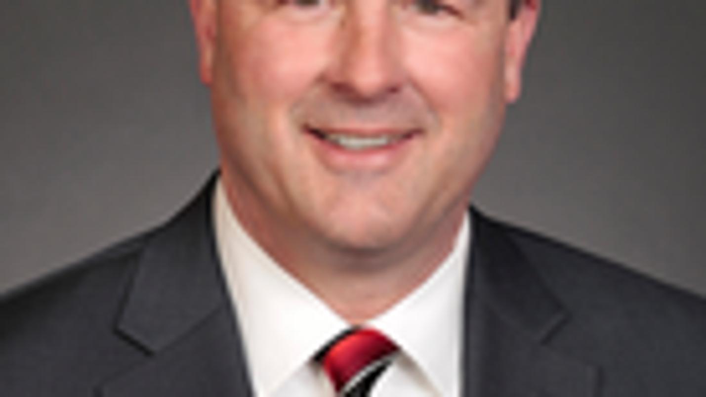 Iowa Senate majority leader resigns after video shows him kissing lobbyist
