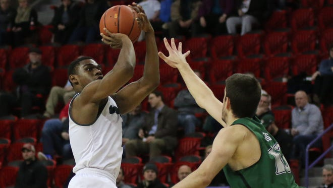 UWGB guard Khalil Small had 25 points against Cleveland State.
