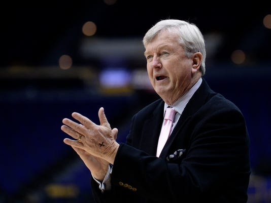 Texas A&M coach Gary Blair applaud during the team's NCAA college basketball game against LSU, Thursday, Feb. 16, 2017, in Baton Rouge, La. (Hilary Scheinuk/The Advocate via AP)