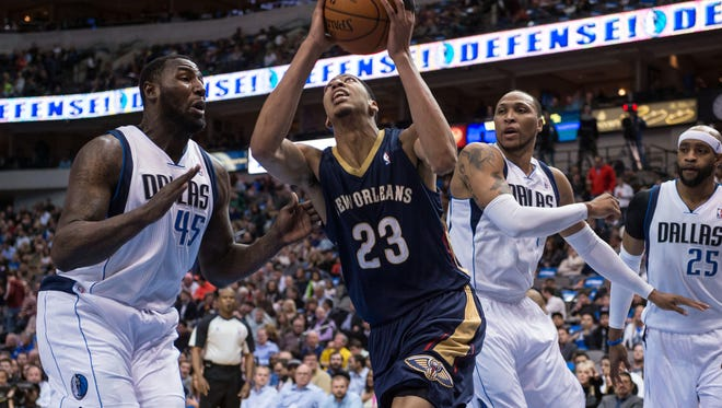 Anthony Davis and the Pelicans will play the Dallas Mavericks in an NBA preseason game in Bossier City.