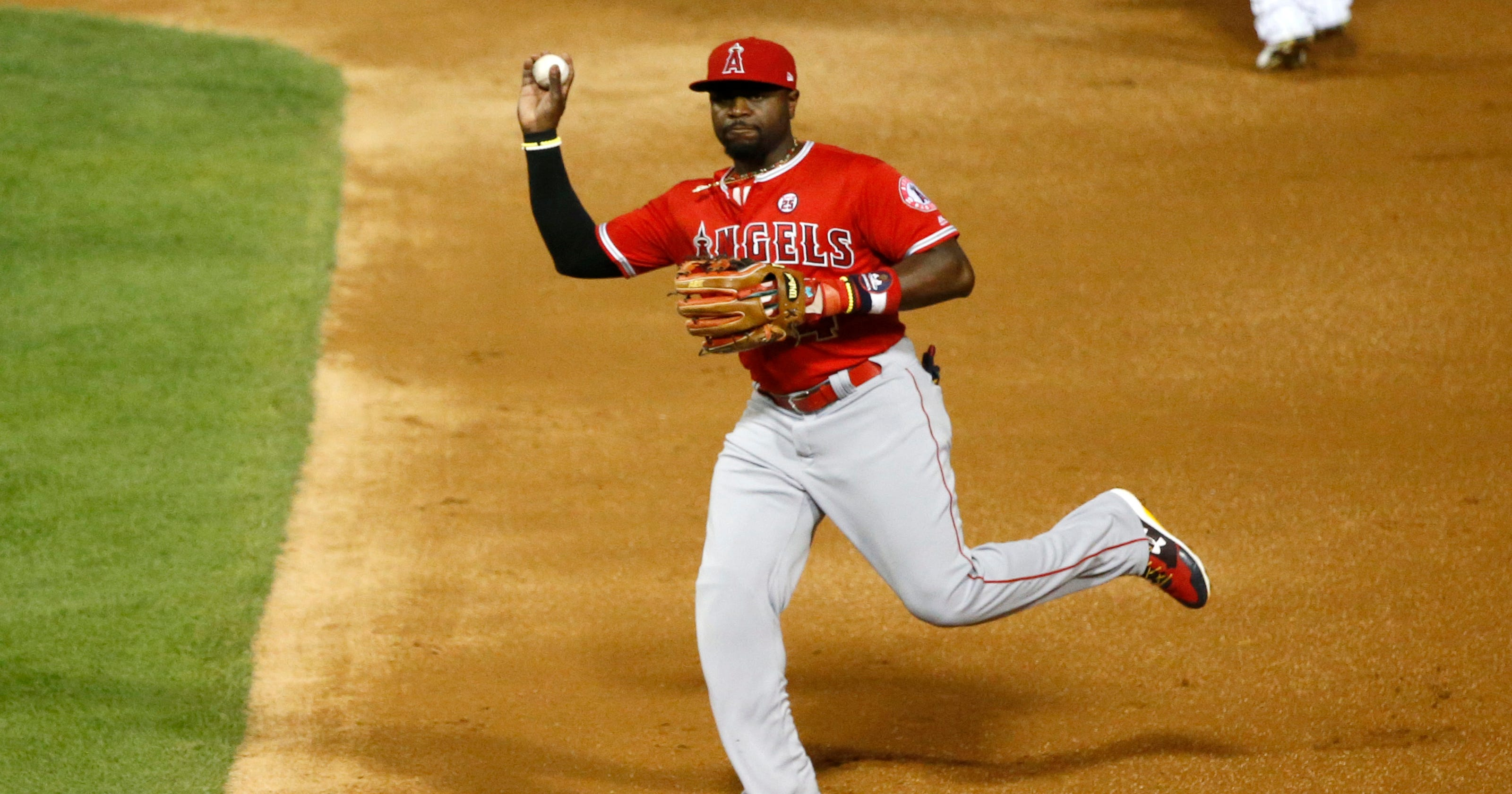 d82caa859 How is Brandon Phillips doing in his minor league comeback