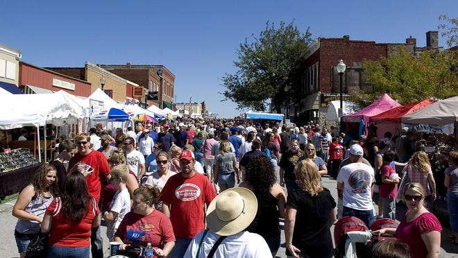 The Santa-Cali-Gon Days festival draws an estimated 300,000 people to the Independence Square over four days on Labor Day weekend. The Independence Chamber of Commerce on Monday announced the event is canceled for 2020, with no safe way to hold the event.