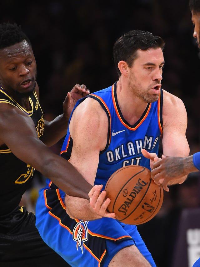 wholesale dealer b37d0 e241d NBA: Oklahoma City Thunder retire Iowan Nick Collison's jersey