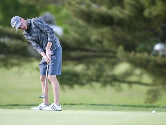 D2 golf 1.jpg