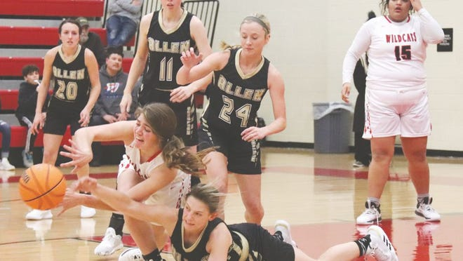 Earlsboro's Abbey McCarroll battles for a loose ball against the Allen Lady Mustangs Thursday night.     Keven Scrutchins/Shawnee News-Star