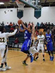 Robert E. Lee's Leon Johnson goes up and under for
