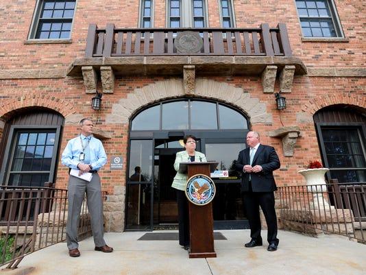 VA chief signed 'misunderstood' scheduling policy