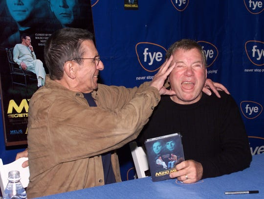 Leonard Nimoy and William Shatner at a DVD signing