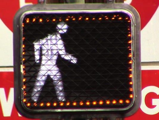 635853525821371658-Pedestrian-Crosswalk-Signal-sm.jpg