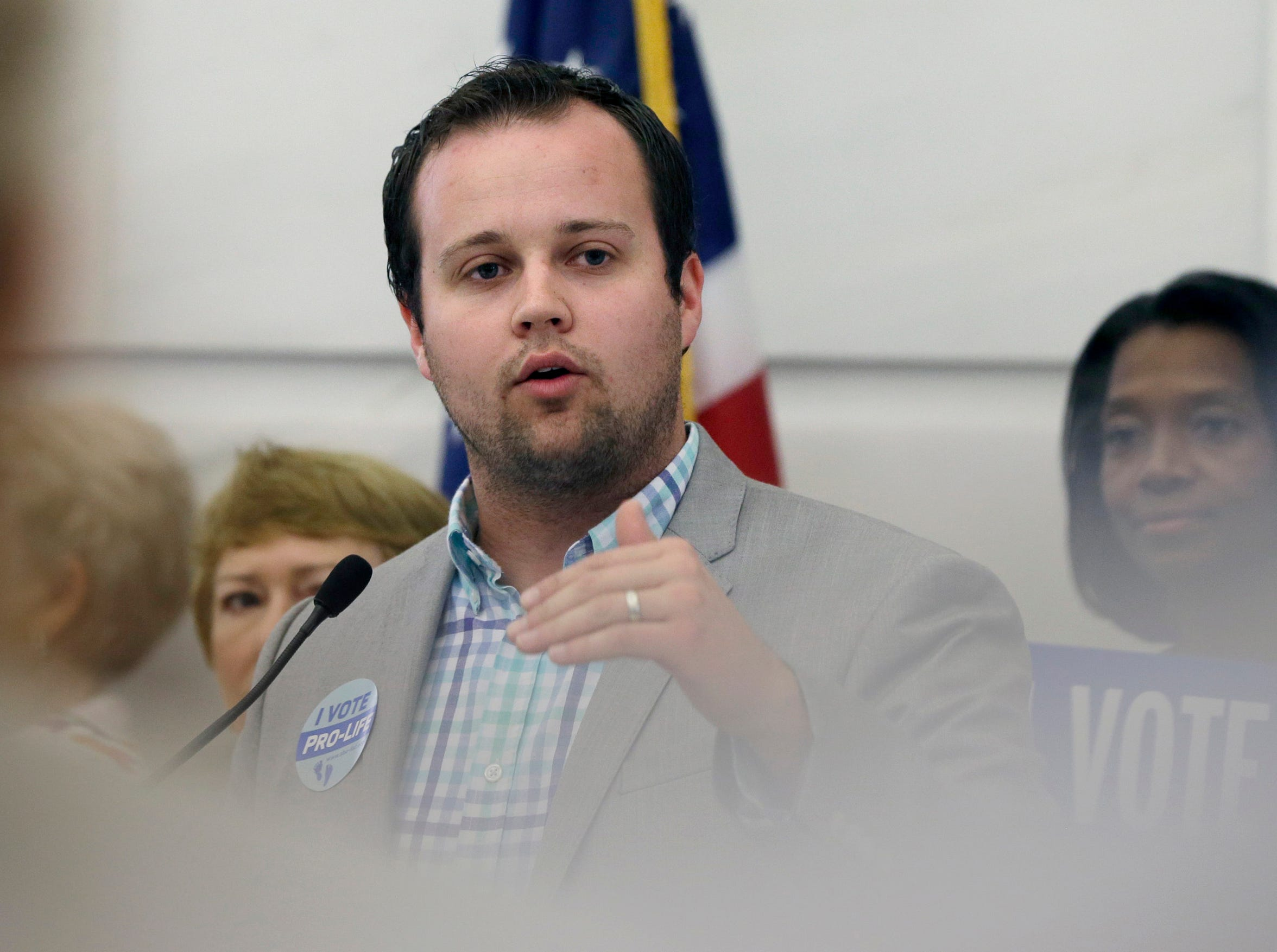 Josh Duggar Is Being Sued By A Porn Star For Assault After Their Seedy Sexcapades