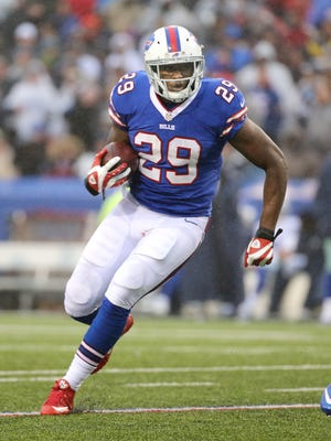 Bills RB Karlos Williams looks to get outside during Sunday's game against the Cowboys.