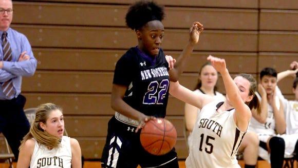 New Rochelle's Nia Bailey leaves Clarkstown South's
