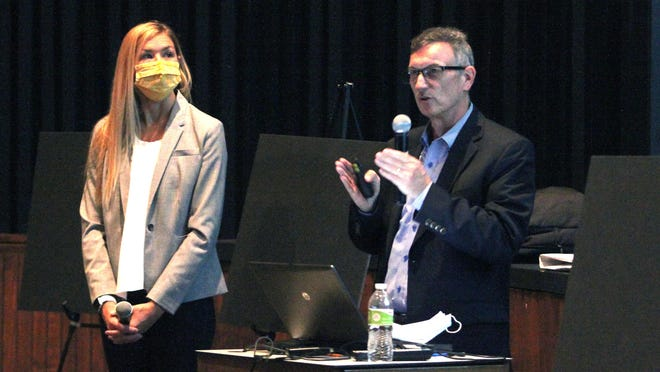 Forum speakers John Brown and Sandy Cochran, from Hollis & Miller Architects of Kansas City, led the program and answered questions about potential improvements in the Moberly School District's facilities.