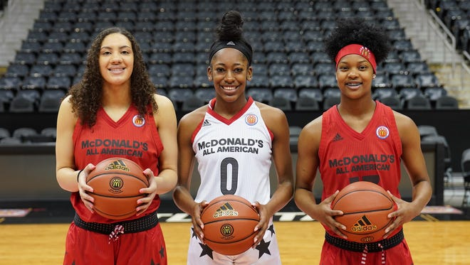 Tennessee signees, from left, Amira Collins, Zarielle Green, and Jasmine Massengill pose for a photo before the McDonald's All-American game Wednesday, March 28, 2018 in Atlanta.