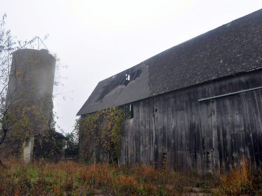 03 mto highland barn.jpg