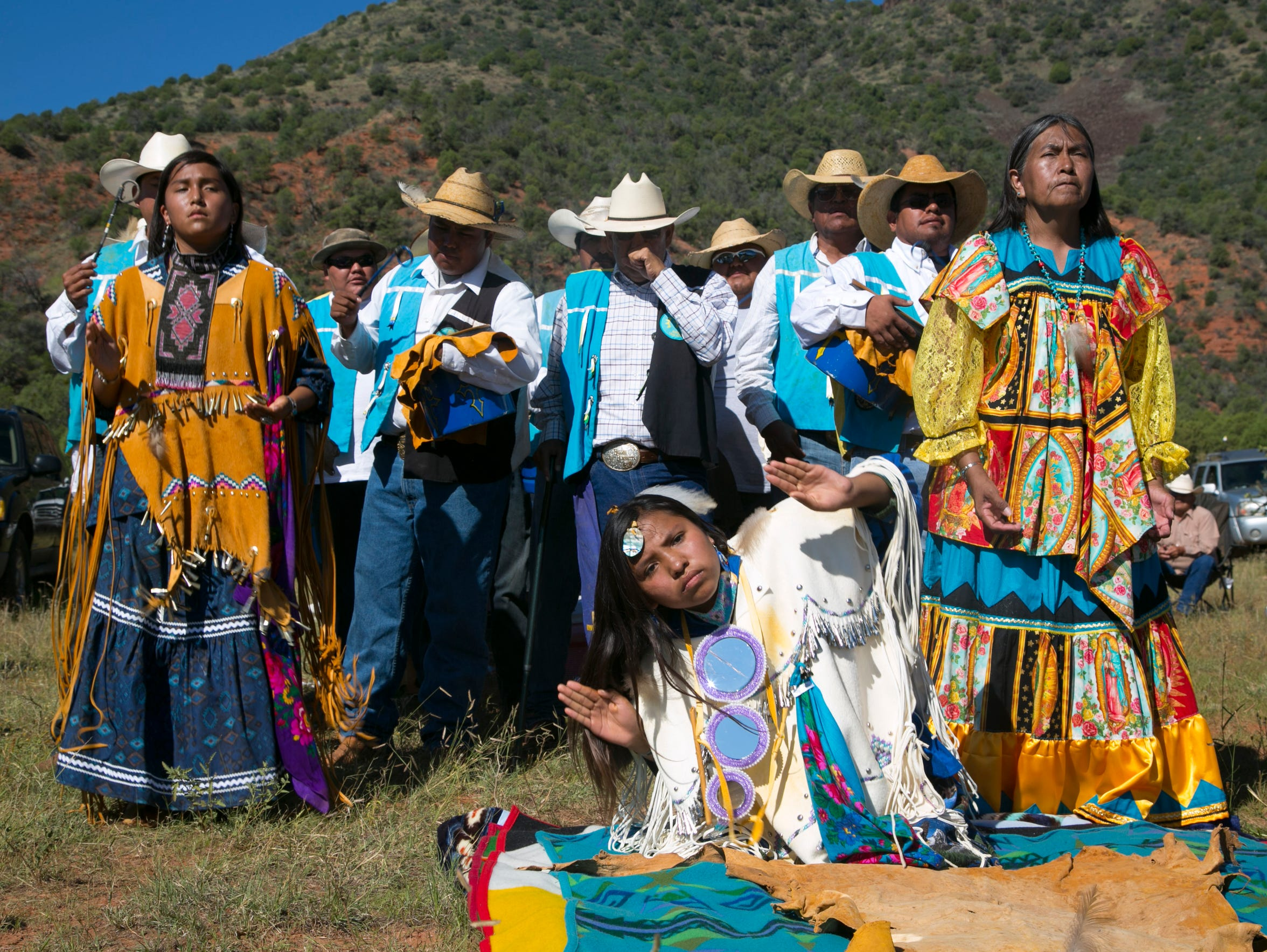 the navajo culture and healthcare The mexicans and the navajo  land, and healthcare and free things that natives get you should rewrite this article with facts instead of lies  navajo culture.