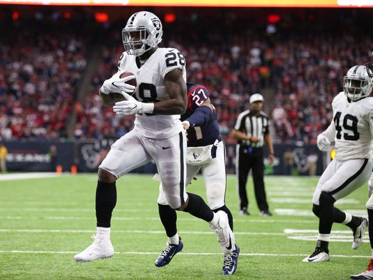 USP NFL: AFC WILD CARD-OAKLAND RAIDERS AT HOUSTON S FBN USA TX