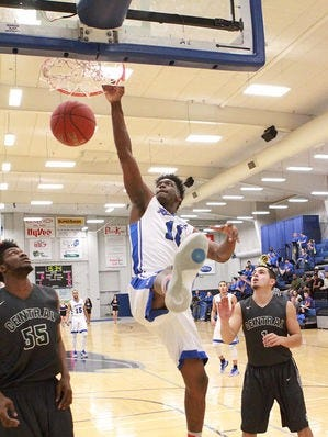 De'Quon Lake averaged 13.5 points and 7.2 rebounds as a sophomore at Iowa Western Community College