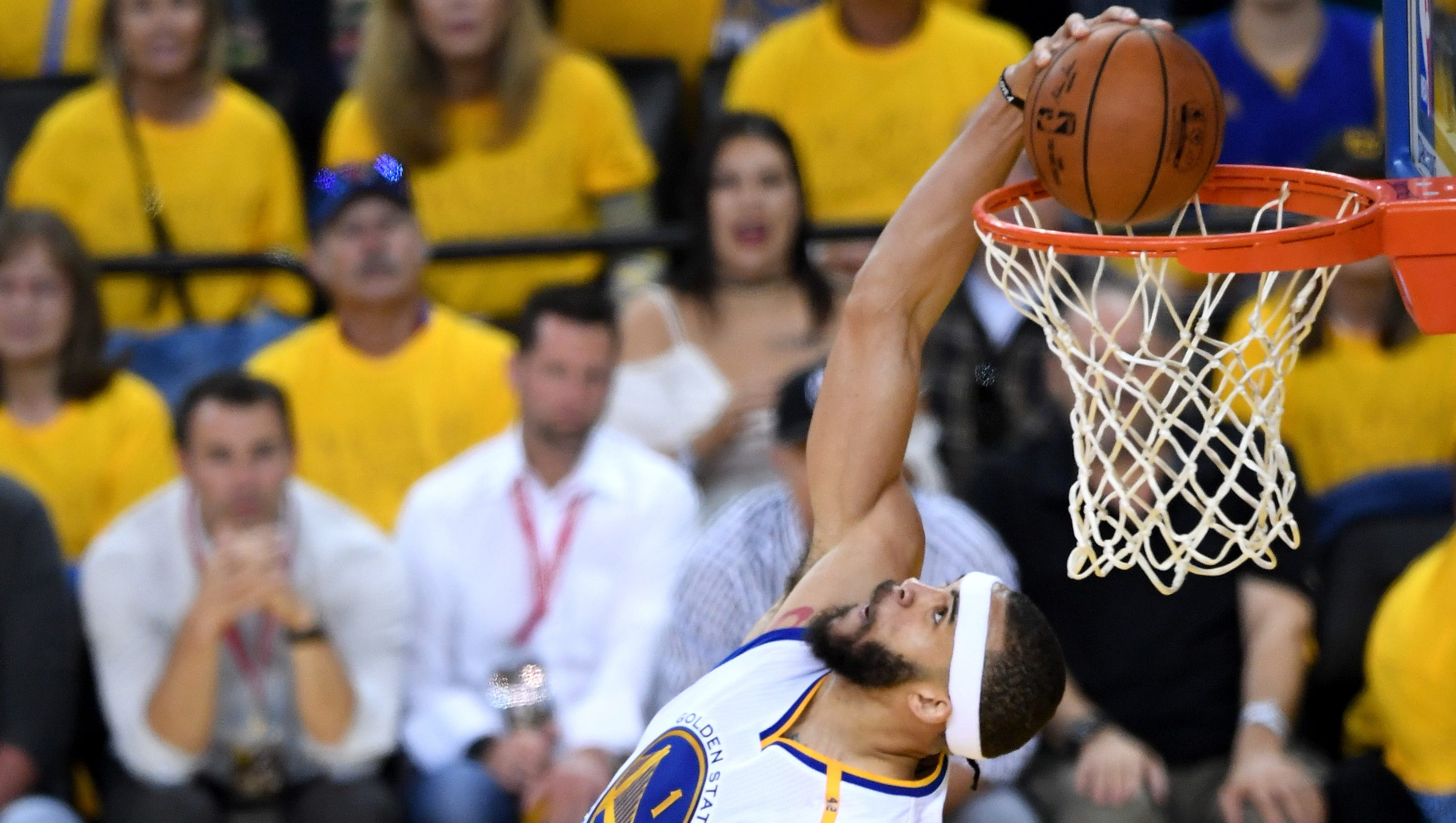 JaVale McGee only needed a quarter to take over