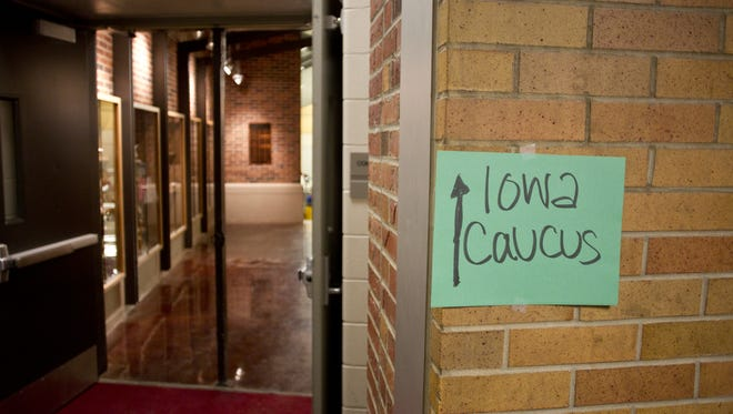 Democratic caucuses are held at City High in Iowa City on Caucus night Tuesday evening, January 21, 2014. Benjamin Roberts / Iowa City Press-Citizen