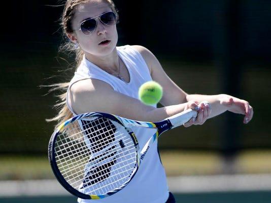 -04102014_Tennis-B.jpg_20140410 (2).jpg