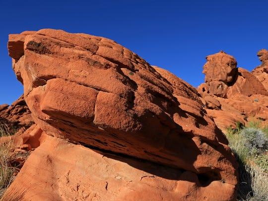 The short Redstone Trail at Lake Mead National Recreation