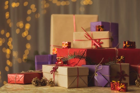 14 years of Christmas presents: A dying man\u0027s act kindness for 2-year-old neighbor Dying leaves child presents