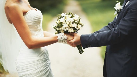 Getting married can, but does not have to be, expensive.