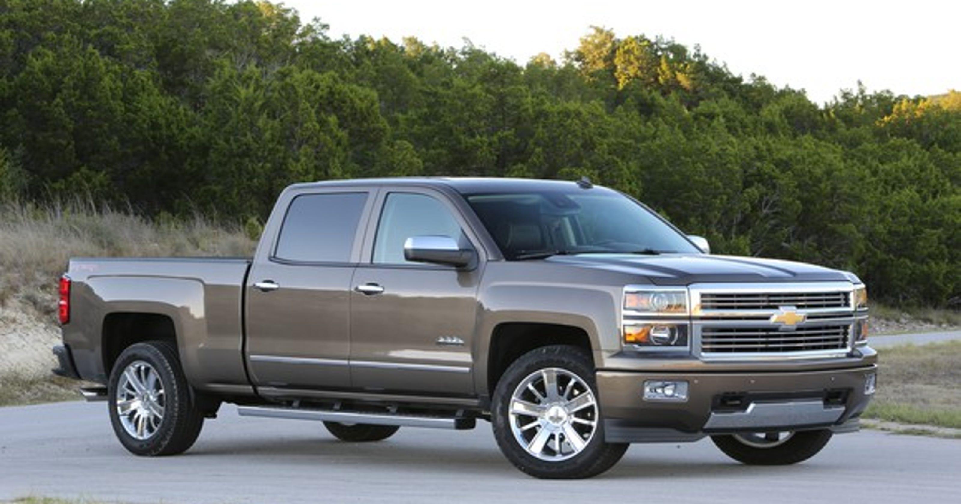 Gm Recalls Chevy Silverado Sierra Trucks To Fix Potential Fuel Leaks Dodge Diesel Filter Location For 2014