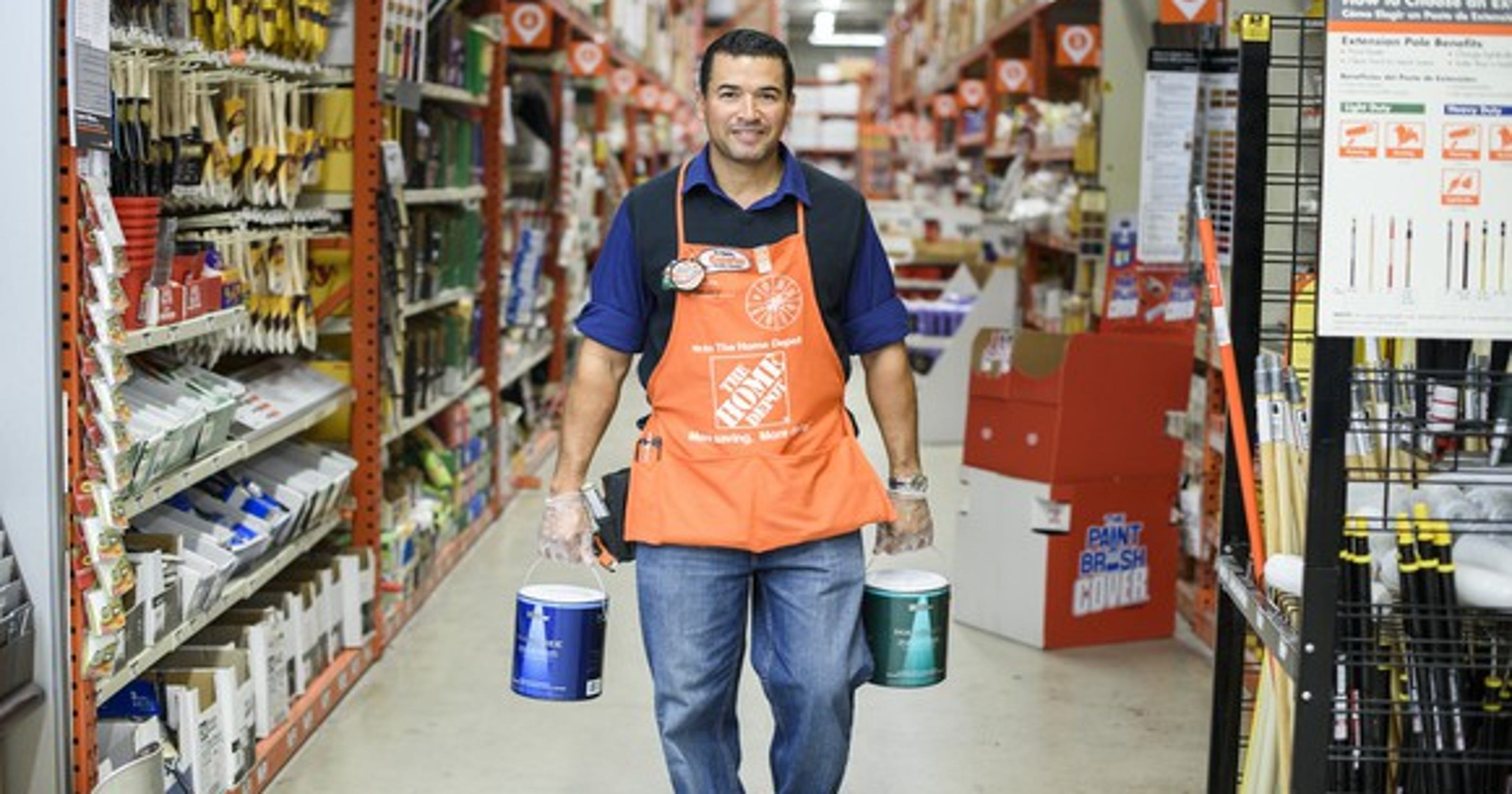 Home Depot Employee Benefits >> Home Depot Giving 1 000 Bonuses To U S Workers After Trump