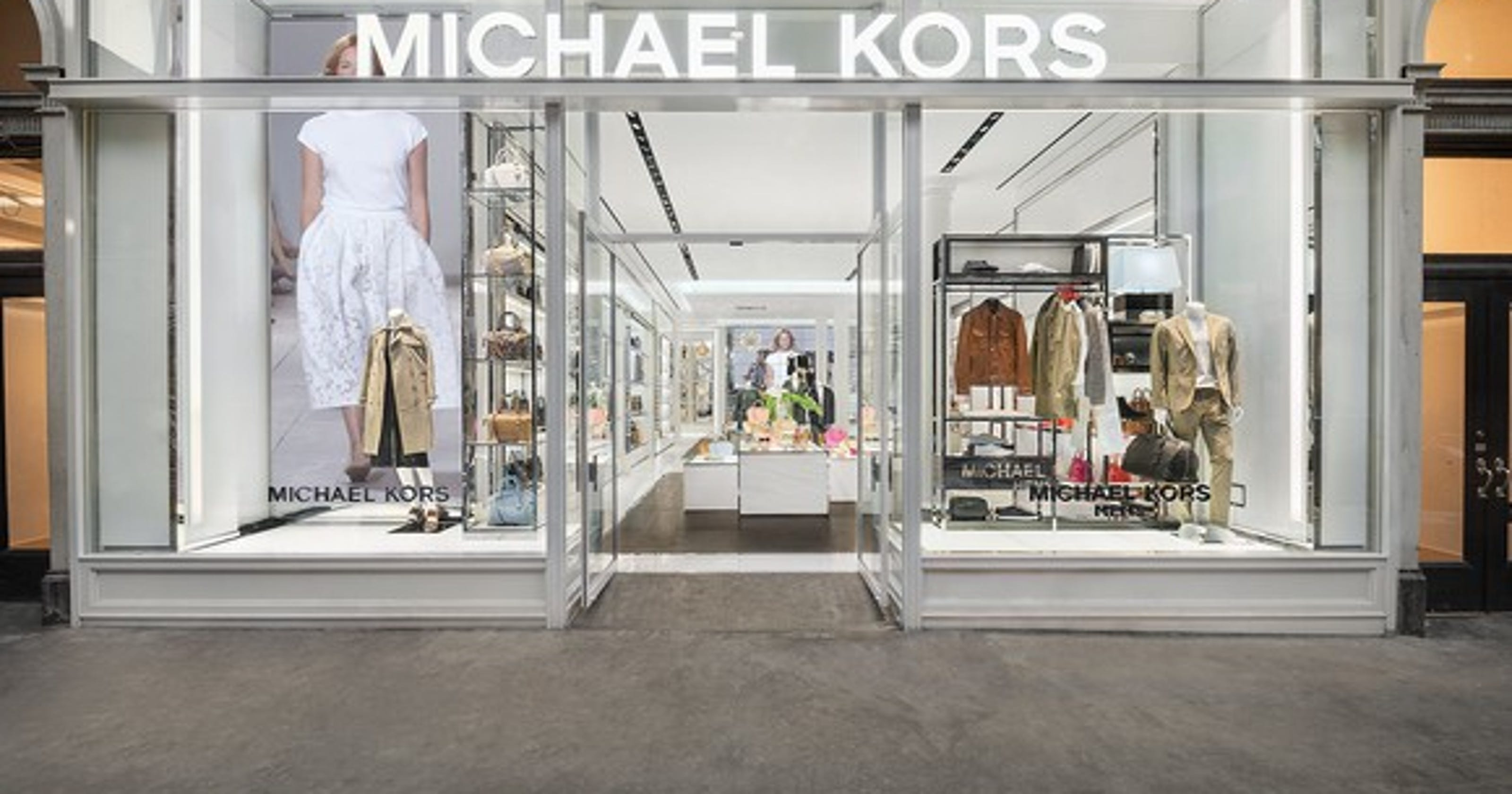 12d16fc40617 Luxury handbag brands Michael Kors, Kate Spade, Coach resonate with teens  most: A Foolish Take