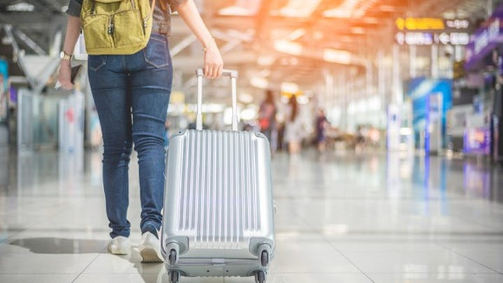 Help us choose the best airport and airport amenities in North America