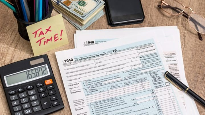 Florida man who self-prepared his taxes received a $980,000 refund, U.S. attorney says
