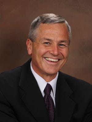 Former state Sen. Jerry Lewis is making a bid for Mesa's District 3 Council seat.