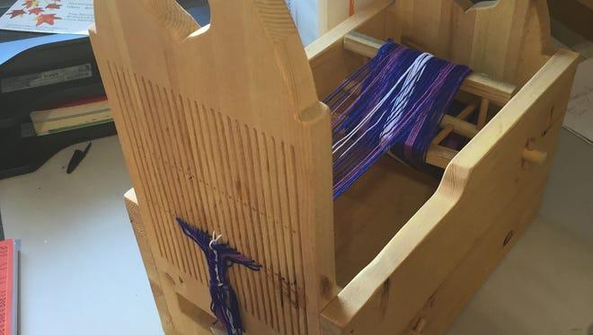 Tape loom