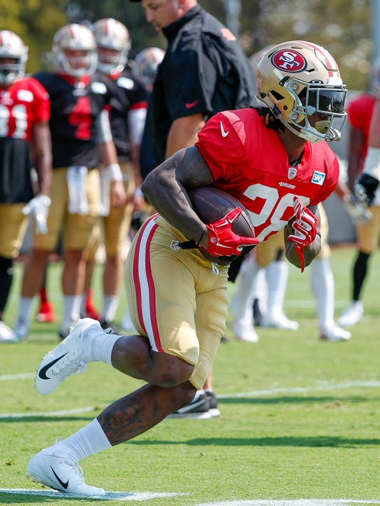 newest 5f5f2 f90e5 Jerick McKinnon settling into role as 49ers featured back
