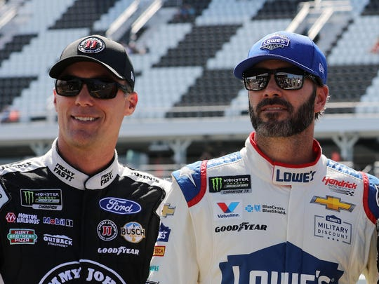 Kevin Harvick, left, and Jimmie Johnson in 2017.