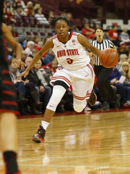 Kelsey MItchell scored a season-high 39 points on Monday.