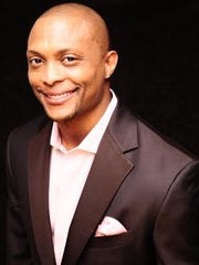 "Eddie George will make his Broadway debut in ""Chicago"""