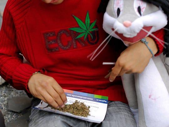 Los fiscales del país podrán hacer cumplir la legislación nacional en el uso de marihuana -recreativa o médica- e imponerla sobre las normas adoptadas por los estados.