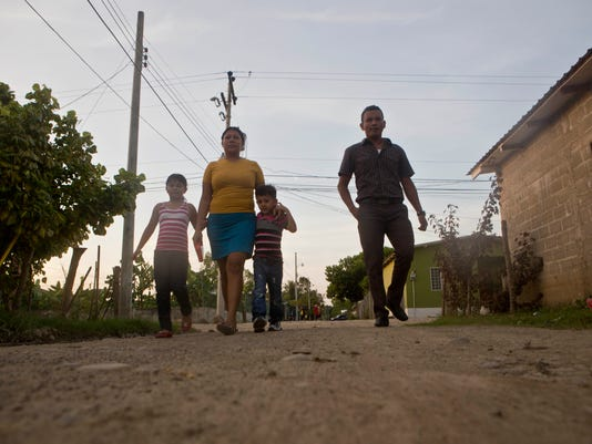 AP Honduras Deported Families